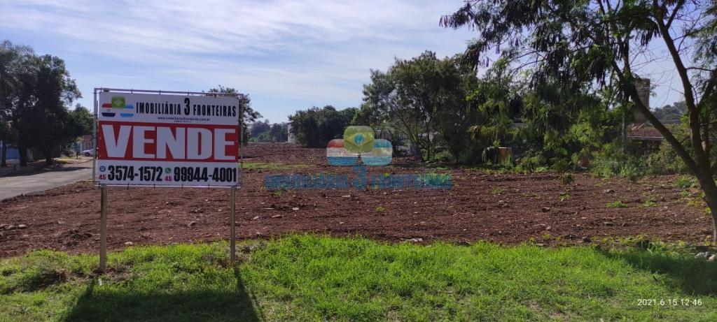 Terreno para venda no Jardim Três Pinheiros | IMOBILIARIA 3 FRONTEIRAS | Portal OBusca