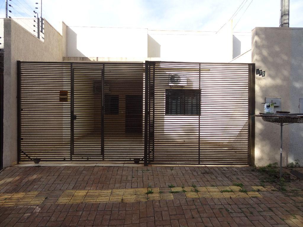 Casa com 2 Dormitórios Semi-Mobiliada - Jardim Residencial São Roque   CASSIA REGINA ASSESSORIA IMOBILIÁRIA   Portal OBusca