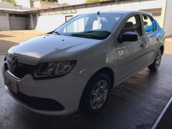 RENAULT LOGAN AUTHENTIC 1.0