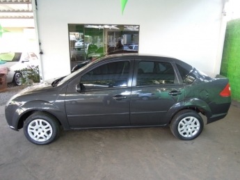 Seminovo: FORD FIESTA SEDAN1.6