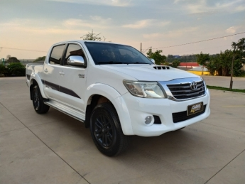 Seminovo: TOYOTA HILUX LIMITED AUTOMÁTICO DIESEL