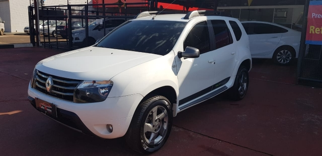 RENAULT DUSTER 2.0 tech road
