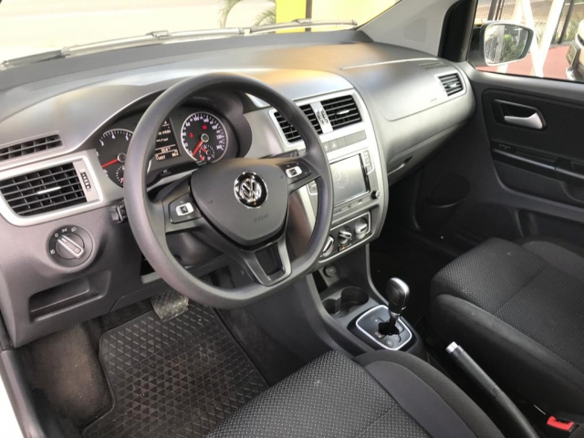 VOLKSWAGEN FOX CONNECT IMOTION