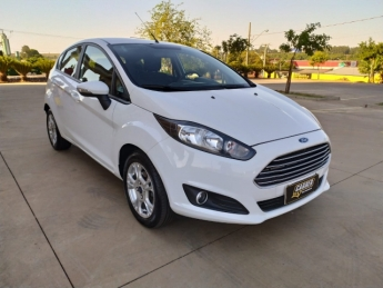 Seminovo: FORD New Fiesta Hatch SEL MOTOR 1.6 COMPLETO