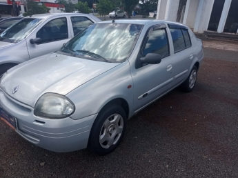 RENAULT CLIO SEDAN RN 1.6. Seminovo D1 Multimarcas