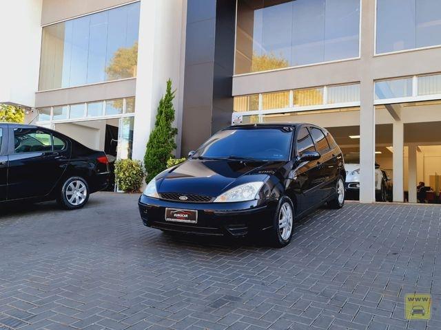 FORD Focus Hatch Ghia 2.0 16V (Aut) 04/05 | EUROCAR AUTOMÓVEIS | Portal OBusca